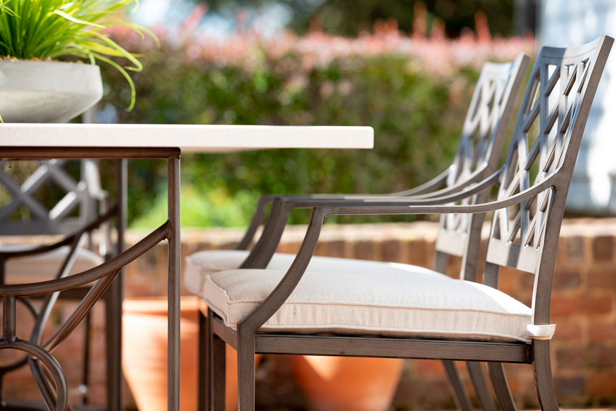 Outdoor Living Green Front Furniture