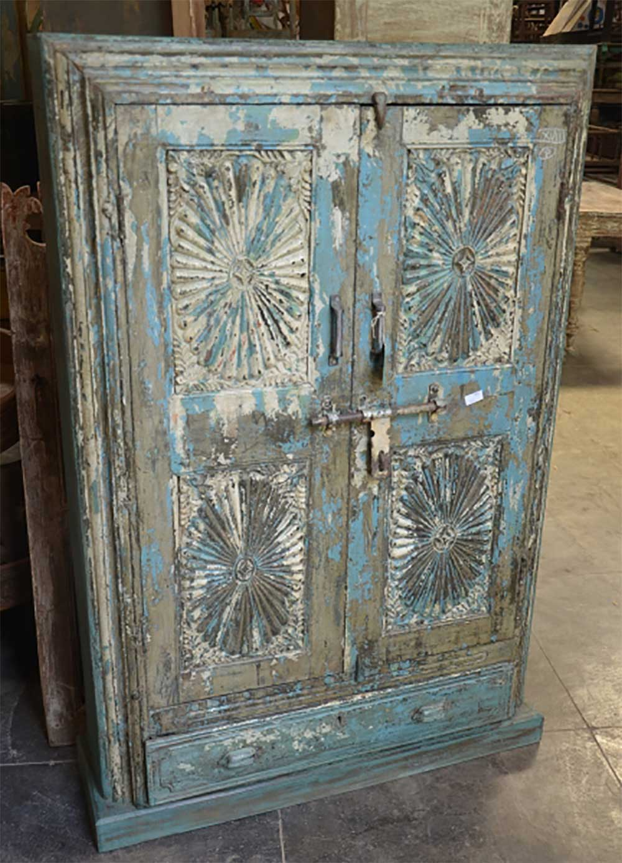 Sun City Art Exports : Green Front Furniture