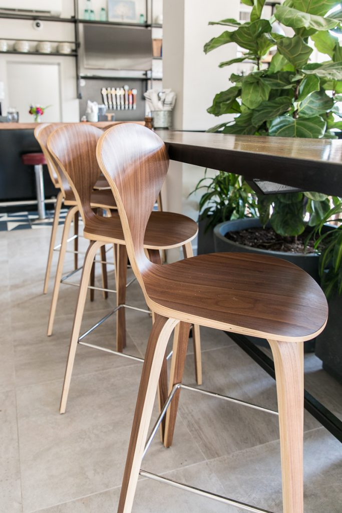 Nuevo bar stools