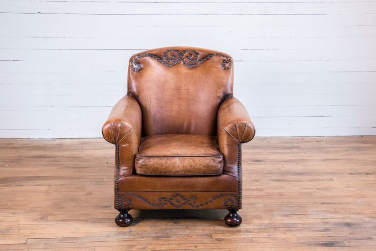 leather-chair-green-front