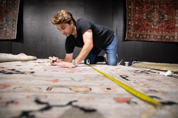 Den measuring a rug